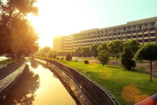 山西大学.jpg